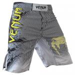 "Venum ""Phantom"" Fighshorts - Black"